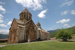Собор Святого Иоанна Крестителя в Гандзасарском монастыре, вид с северо-запада.